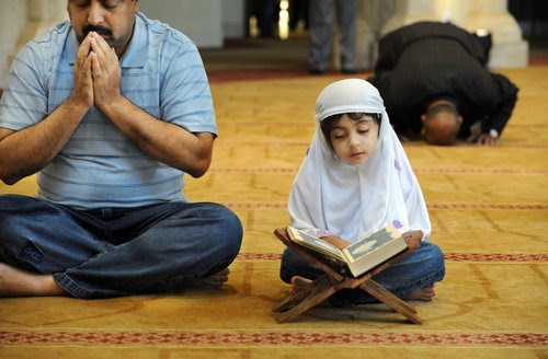 essay on rights of parents in islam Related post of essay on importance of parents in islam anglo irish agreement essay using cell difference between essay and long report communicating essay on my.